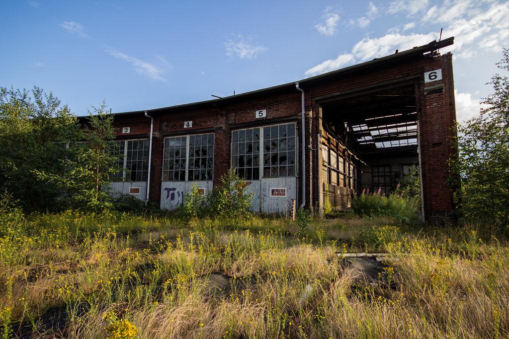 Abstellbahnhof Lehe: Lokschuppen